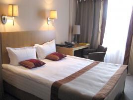 Club Hotel Dostuk Hotel